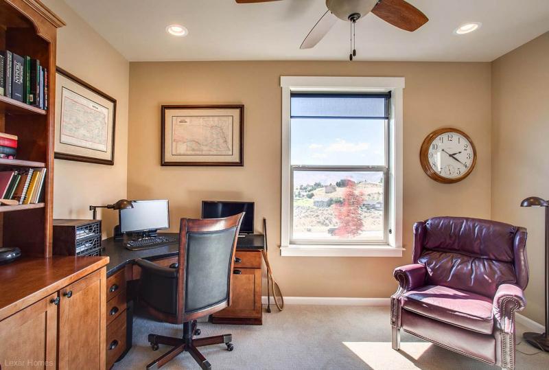 2057-Brookhaven-Office-2-Wenatchee